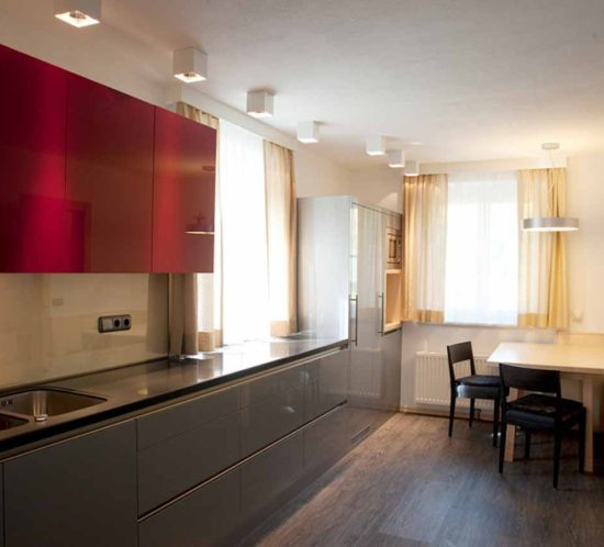 Erschen Design Und Möbeltischlerei Küche In Weiss Hochglanz Grifflos